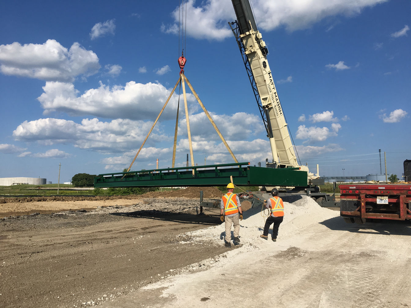 Weigh scale installation at Amico (The Miller Group). A project photo.
